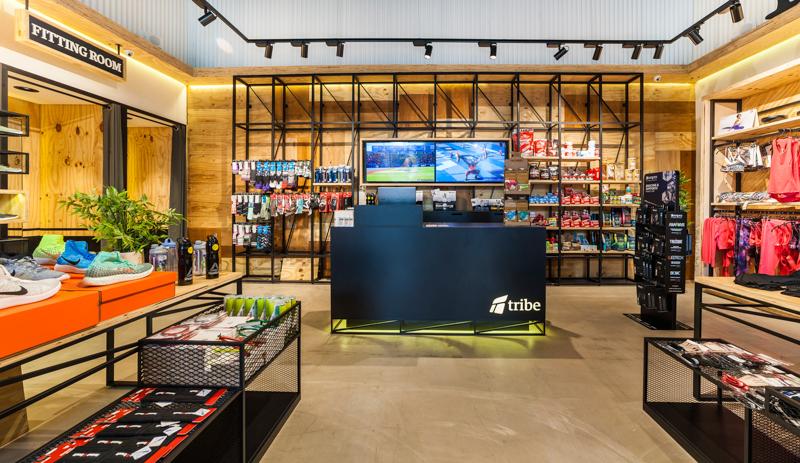 BR_Tribe_Running_Mallorca_retail_mostrador