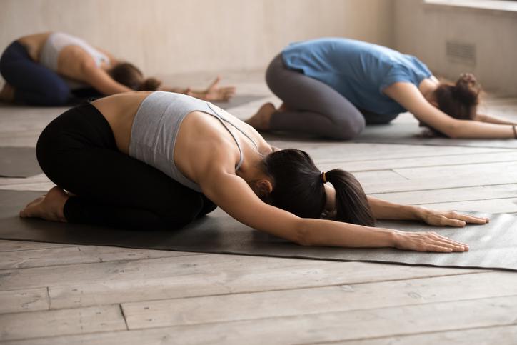 postura-de-yoga-relajante