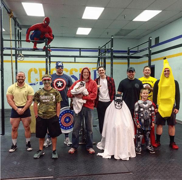 disfraz-halloween-crossfit-grupo-spiderman-america-fruity-infowod-fitness