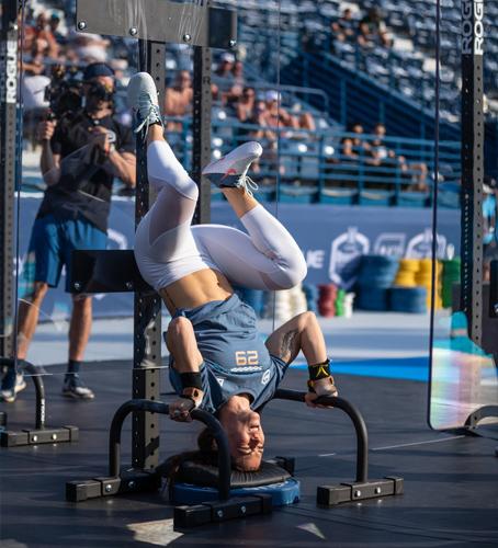 dubai crossfit championship 2018 handstand