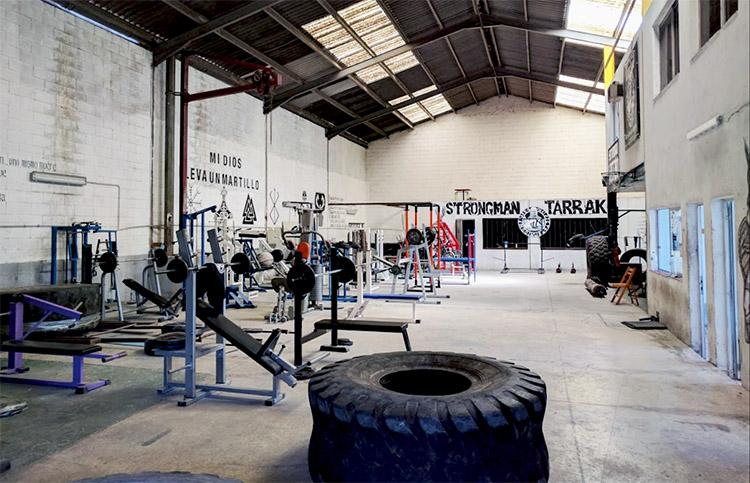 strongman-tarrako-centro-musculacion-fuerza-power-instalaciones