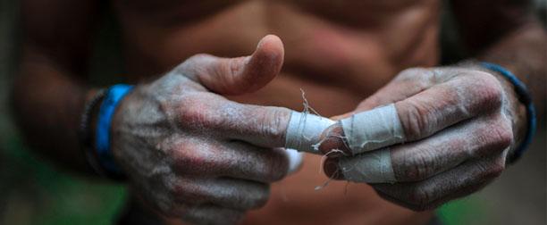 vendaje-dedos-crossfit-escalada
